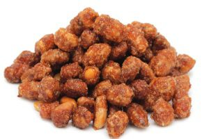 Орешки в пряной глазури