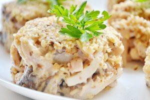 С сыром и грецкими орехами
