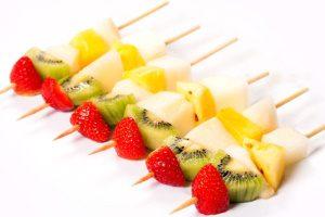 Ягодно-фруктовые канапе