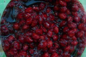 На вишневых косточках