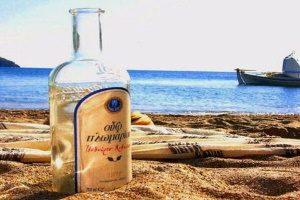 Национальный греческий напиток
