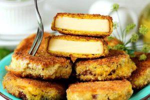 Колбасный сыр в панировке